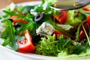 Снизить риск ожирения у детей поможет средиземноморская диета