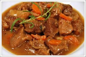 Тушеное мясо: рецепт