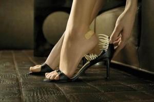 Как разносить новую обувь