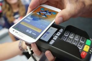 Samsung Pay подключила карты MasterCard «Тинькофф банка» и «Открытия»