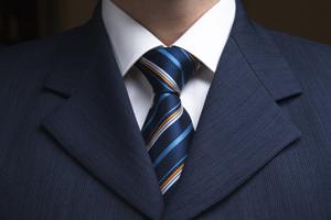 Как правильно подобрать галстук к образу?
