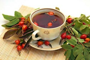 Чем полезны плоды шиповника?