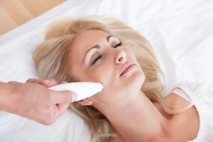 Чистка лица жидким азотом: «за» и «против»