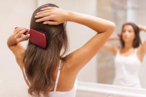 なぜ春に髪が落ちるのですか?